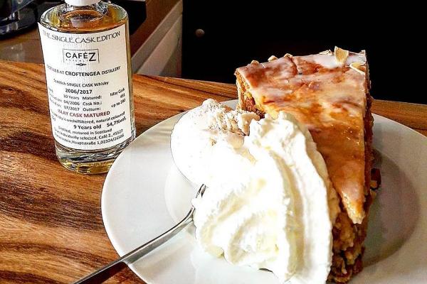 Bild 3 von Café Z. & Whisky Shop/Eiszeit Eiscremebar